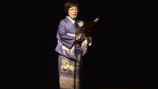 49代お城の女王・中嶋佳奈愛さんが構成吟の前の幕開けに吟じます。吟題...