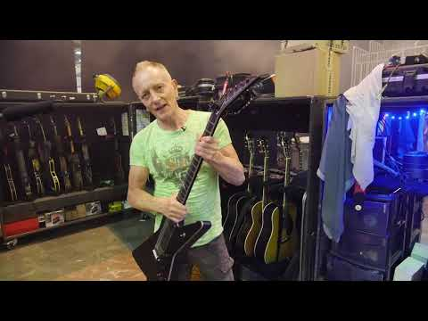 Jackson Goes Backstage with Def Leppard's Phil Collen Mp3