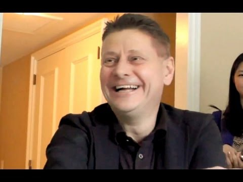 Andrew Niccol  THE HOST Director Full  HD La Huésped Entrevista