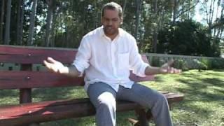 Leandro - vale a pena sonhar - Clipe Oficial