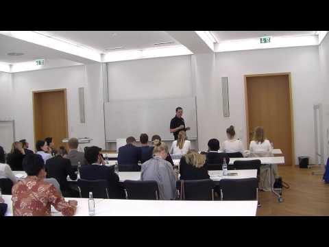 VProf. Dr. Trummer gives International Leadership Workshop