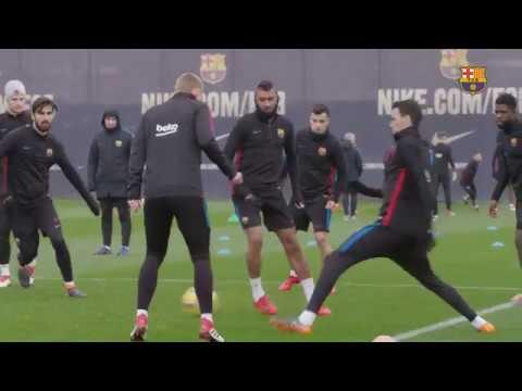 El Barça se entrena pensando en el derbi