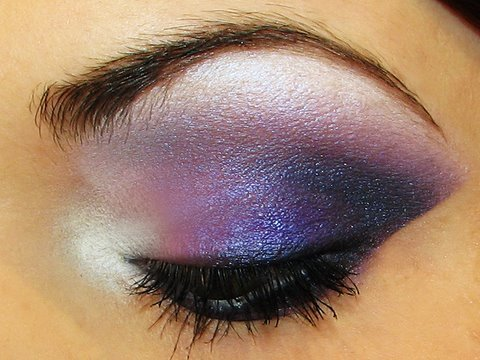 dramatic-purple-smokey-eyes-makeup-tutorial-by-misschievous