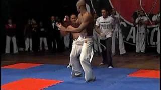 capoeira muzenza fight professor mola