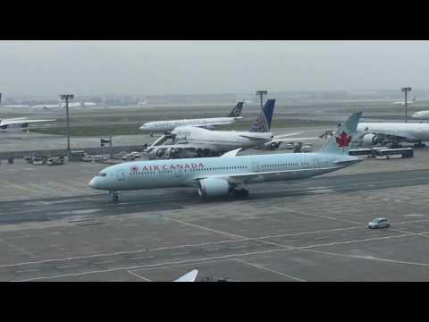Flugverkehr am Frankfurter Flughafen (Frankfurt Airport)