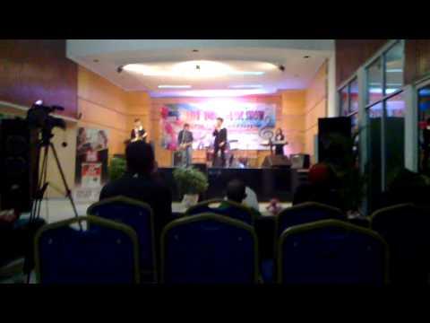 Aozora - Aku Bisa Live Indie Music Show at RRI Palembang