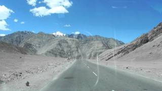 Leh Ladakh - Magnetic hill road