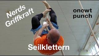 Seilklettern für optimales Griffkraft Training/Griff Power um deine Selbstverteidigung zu verbessern
