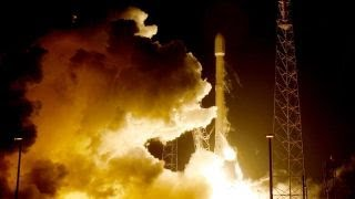 NASA raises safety concerns over Boeing, SpaceX spacecraft thumbnail