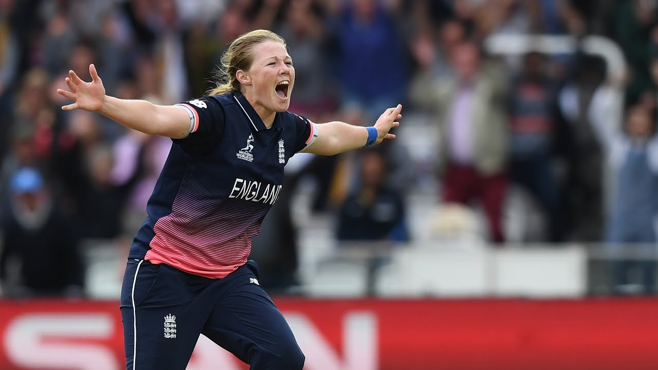 England beat India in dramatic Women's Cricket World Cup final