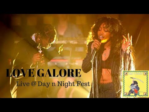 SZA and TRAVIS SCOTT- LOVE GALORE (LIVE AT DAY N NIGHT 2017)