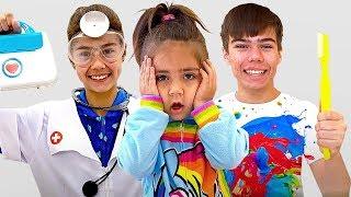 Настя Артём и Мия собираются показать как важно чистить зубы