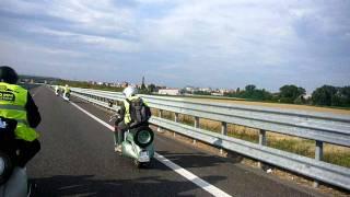 1000 km Vespistica.MOV