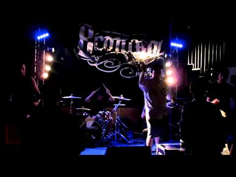 8control - No Way Out (live at La Dynamo) - 05/08/2011