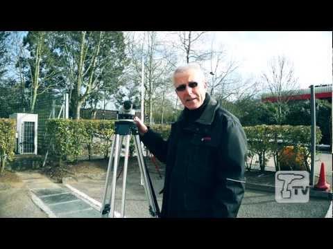 Bosch GOL32D Optical Level 32 X Magnification - A Toolstop DEMO