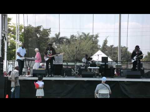 Let It Whip - Dave Nuby & Friends Band (Lead Vocals by Pucc