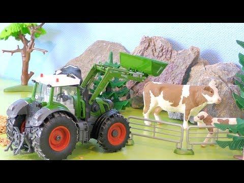 Traktor Spielzeug: Tag auf dem Bauernhof / Trecker Film & Tiere / Kinder Spielzeugwelt