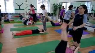 Học yoga tại YOGA NEW LIFE để được chỉ dẫn tận tình