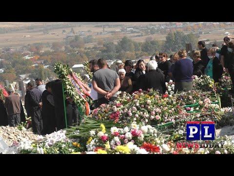 Массовые похороны армянских солдат