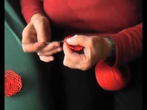 Decorazioni natalizie fatte all 39 uncinetto mamme nella rete for Youtube decorazioni natalizie