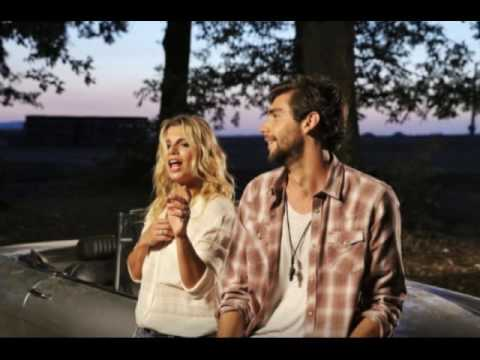 Libre (Testo) - Alvaro Soler ft. Emma