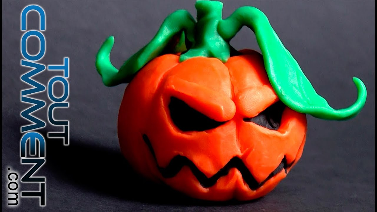 Comment faire des choses en pate a modeler citrouille d - Comment faire des decoration d halloween ...
