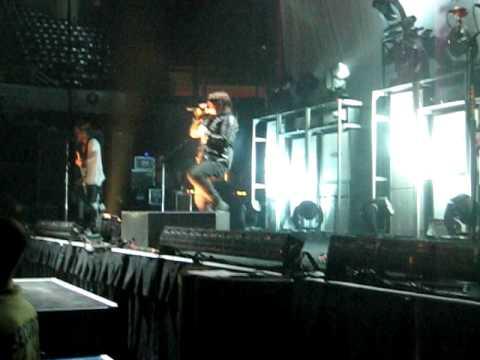 Shinedown - Devour (Live)