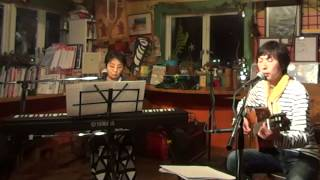 Takeo Tsutsui(vocal&guitar) Akiko Uchioke(keyboard&vocal)