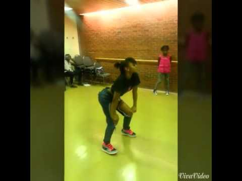 Me dancing to Trey Songz chill