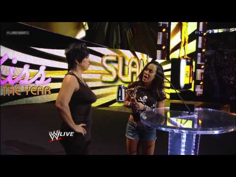 Kiss of the Year: 2012 Slammy Award Presentation