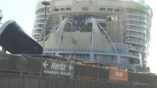 Napoli - La nave da crociera più grande del mondo -2- (16.09.14)