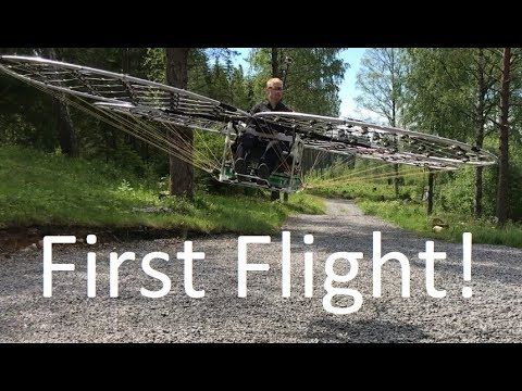 chAIR -Manned multirotor Part 20 -First Flight! Axel Borg