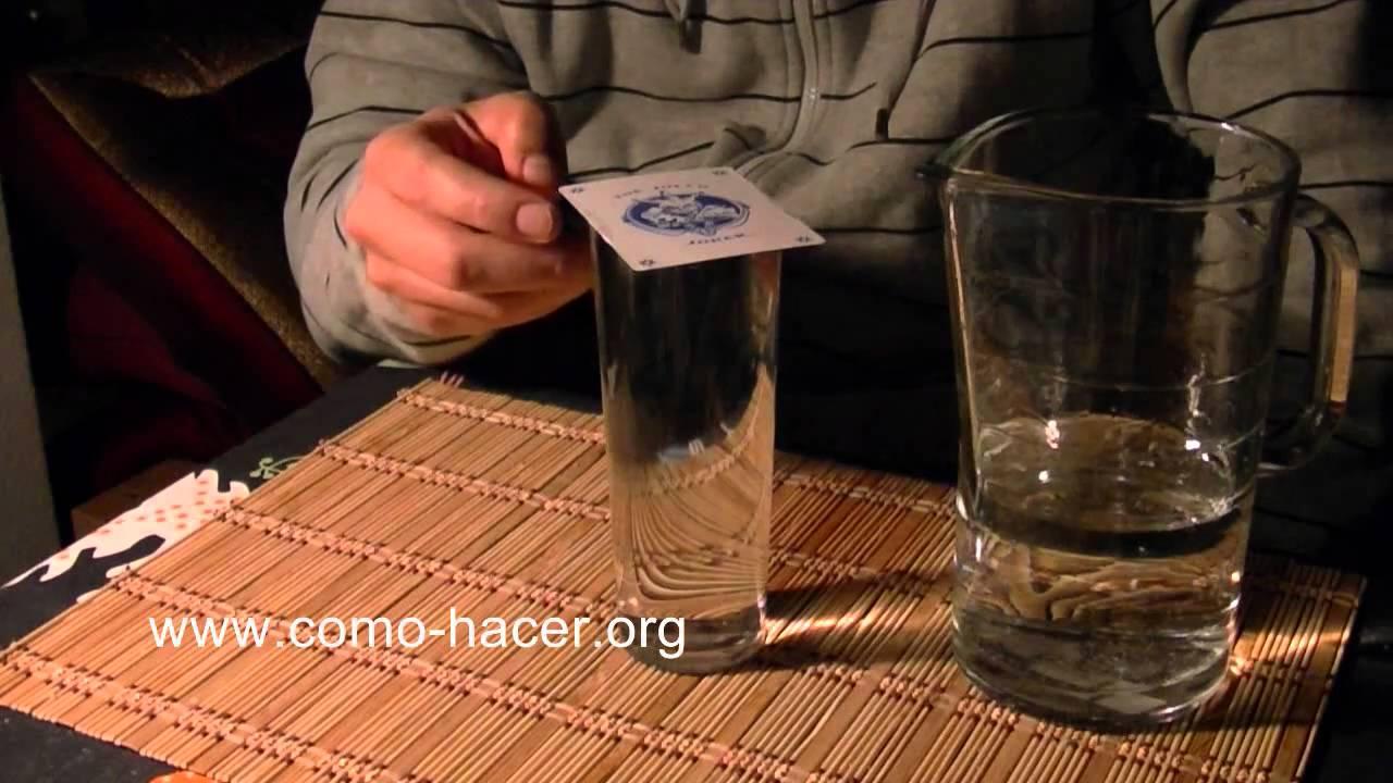 Experimentos caseros con agua truco de magia con vaso de - Vaso con agua ...