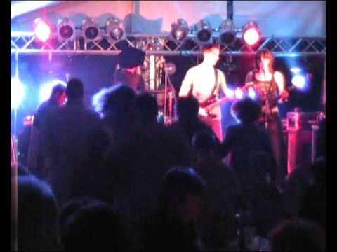 Mons Pubis live 2009