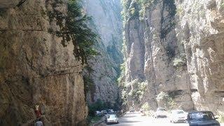 Отдых в Абхазии поездка на озеро Рица(http://www.soci1.ru/poezdki/otdich-v-abchazii-poezdka-na-ozero-ritsa . Всем кто любит горы и море я советую обязательно съездить отдохнуть..., 2013-08-30T21:31:39.000Z)