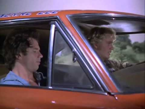 The Dukes Of Hazzard - S02E06 Scene 1