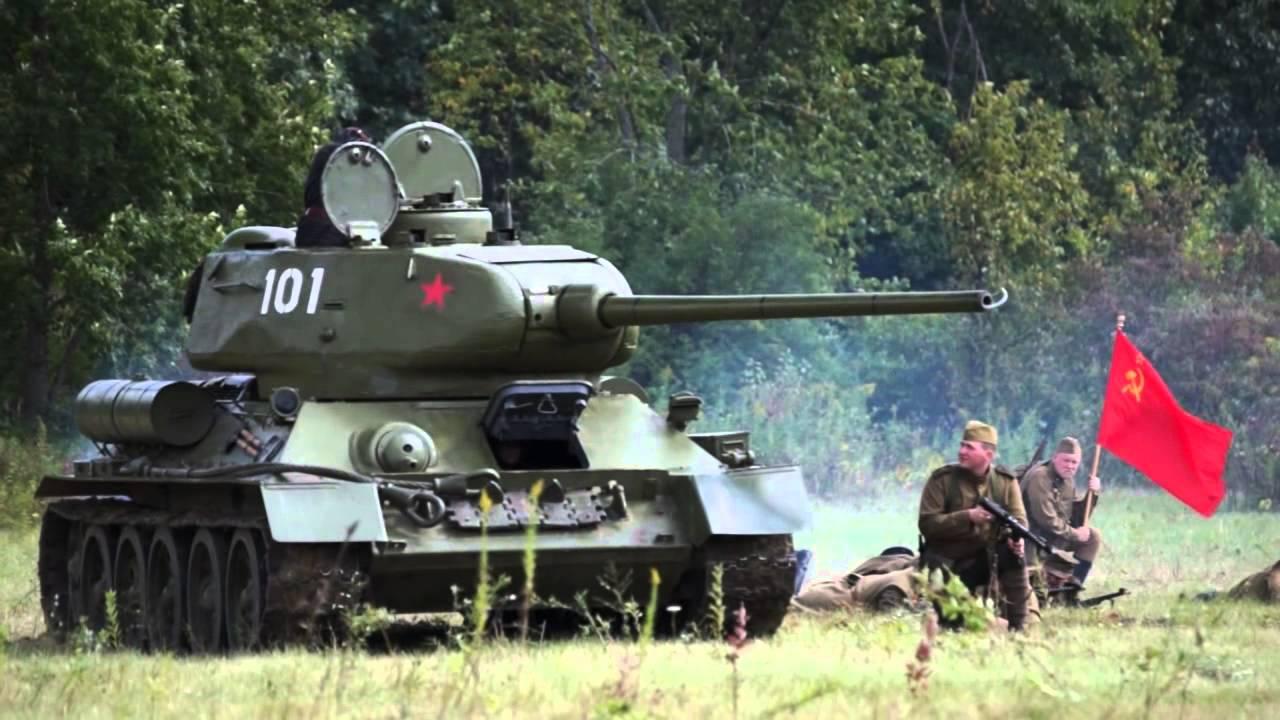 WW2 Soviet T34-85 Battle Tank - Up Close - YouTube