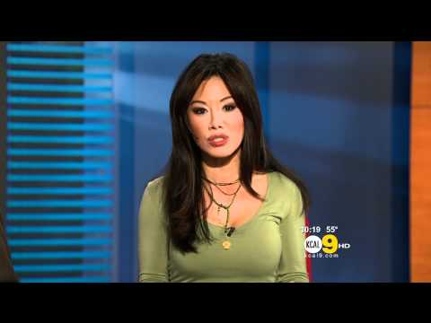 Sharon Tay 2011/11/30 10PM KCAL9 HD; Green top
