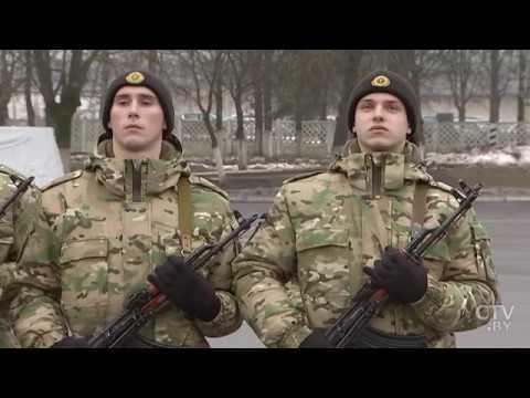 Парень имеет на руках два паспорта. Обязан ли он отслужить в Беларуси?