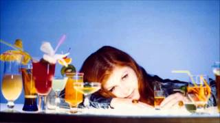 Kirsty MacColl - Sun On The Water (Unreleased) (Original Demo Version)