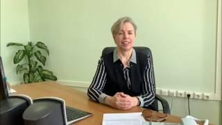 Елена Зырянова способствует передаче компьютерной техники для школ, библиотек и сельских клубов