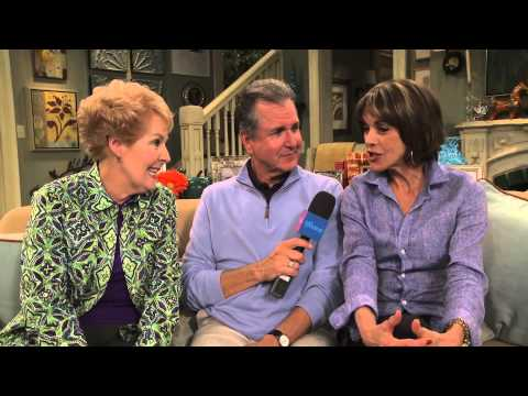 Wendie Malick and Georgia Engel Talk About Hot in Cleveland's LIVE Season Premiere