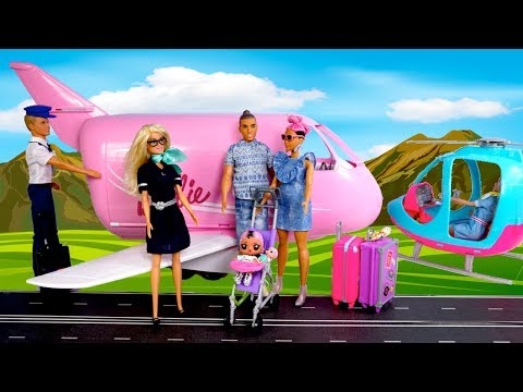 Barbie Doll LOL  Jet Set Qt Family Morning Travel Routine in Pink Barbie Airport