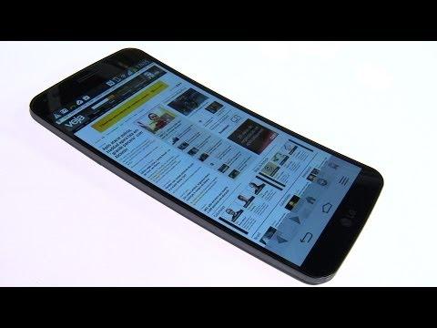 VEJA testa celular com tela curva e flexível