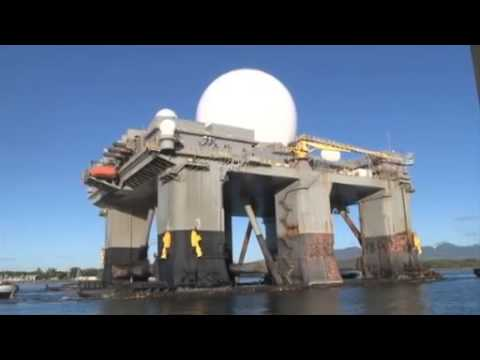 Giant Sea-Based X-Band Radar (SBX-1) Enters Pearl Harbor