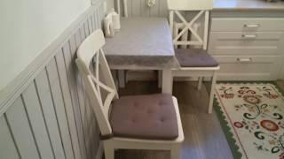 видео Кухня в стиле Прованс в малогабаритной квартире (31 фото): дизайн интерьера маленькой кухни