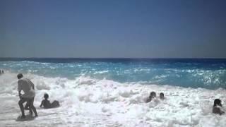 Катание на волнах. Пляж «Кафизма» Лефкада(Это видео загружено с телефона Android., 2012-07-27T09:24:41.000Z)