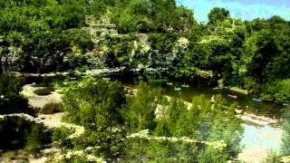 Ardèche : vidéo aérienne de la rivière Ardèche au camping Les Coudoulets