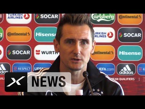 Azubi Miroslav Klose dankt Joachim Löw und will zum Brüllaffen werden | San Marino - Deutschland