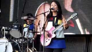 "Shonen Knife (少年ナイフ) performing ""Pop Tune"" live at Tokyo Crazy..."